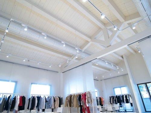 Copertura tetto in legno bianco